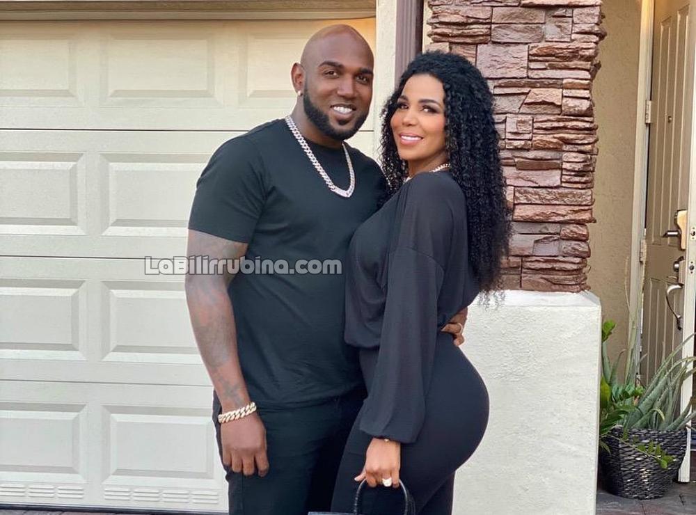 Marcell Ozuna y su esposa Génesis
