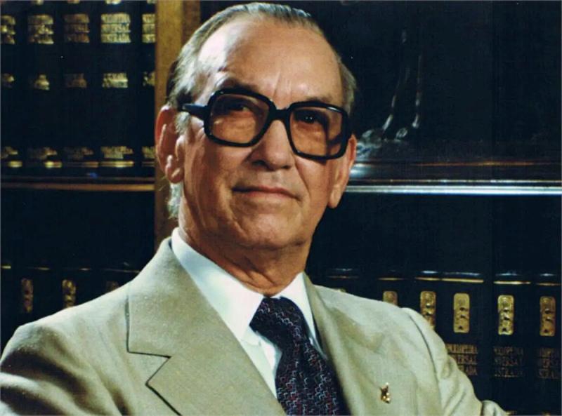 Antonio Guzmán Fernández
